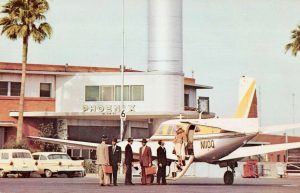 Phoenix Sky Harbor International Airport ('PHX') in Postcards